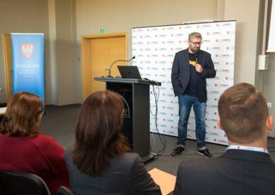 Podsumowanie pierwszego roku działalności CWRKDiZ w Koninie - konferecja (3)