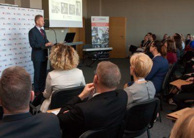 Podsumowanie pierwszego roku działalności CWRKDiZ w Koninie - konferecja (4)